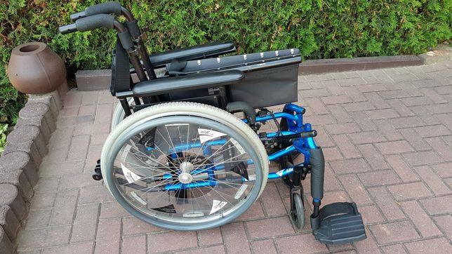 Wózek inwalidzki Action