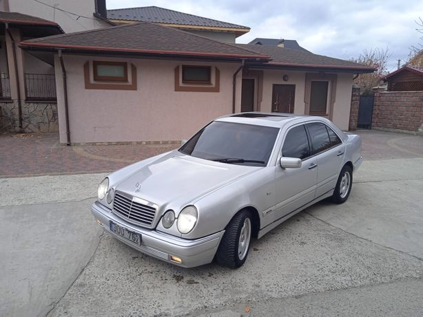 Mercedes Benz Е 300