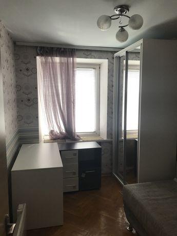 Сдам комнату в двухкомнатной квартире м.Дарница (10 минут пешком)