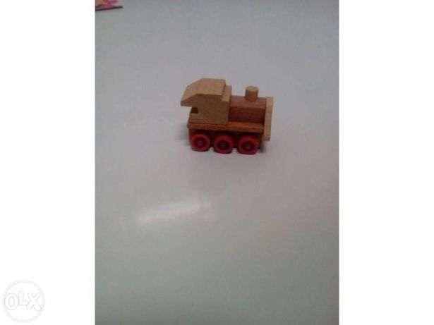 Comboio miniatura em madeira