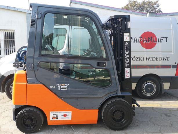 Wózek widłowy TOYOTA 8FGF15 2014r. LPG - używany / KABINA / TRIPLEX