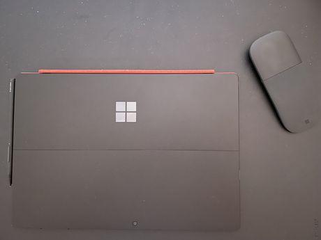 Microsoft Surface Pro 7 - Preto - Core i5 | 256GB | 8GB - Como NOVO