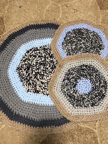 Комплект ковриков ручная работа крючком