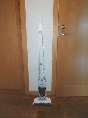 Aspirador vertical silvercrest