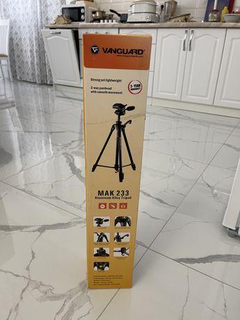 Видеоштатив MAK-233 tripod
