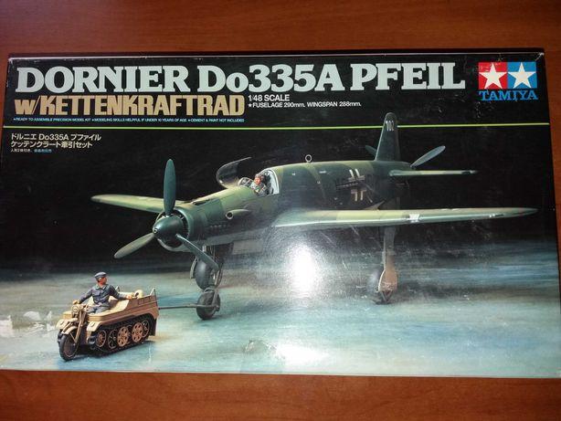 Продам сборную модель 1.48 Do-335A PFEIL