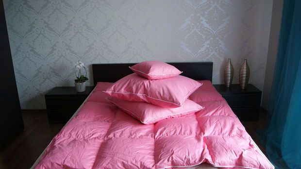 Kołdra puchowa ( puch gęsi ) 100% Rożne rozmiary + poduszki