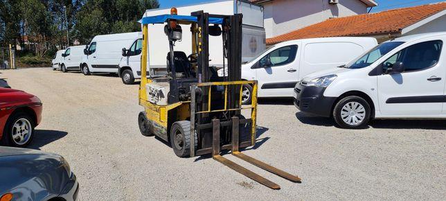 Empilhador - Diesel - 1500Kg - TCM