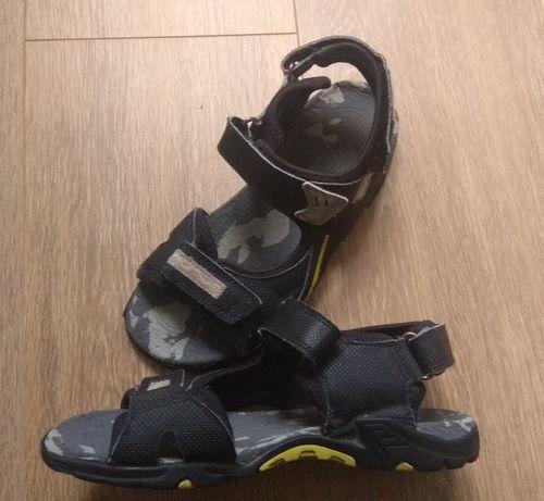Ecco sandały  34