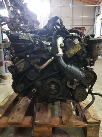 Двигун MB 3.0 OM642 CLS w211 Sprinter