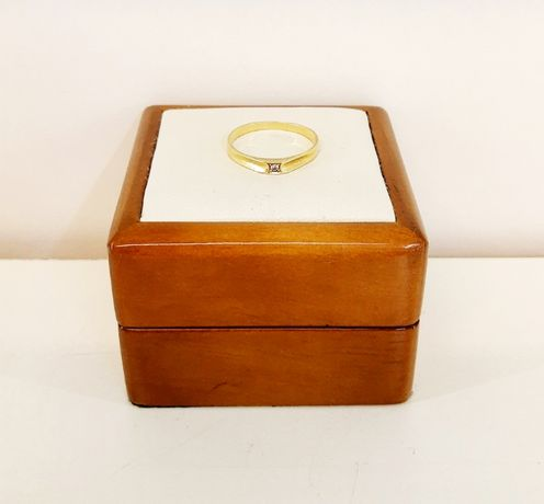 Złoty Pierścionek z Cyrkonią 585/1.46G/R15