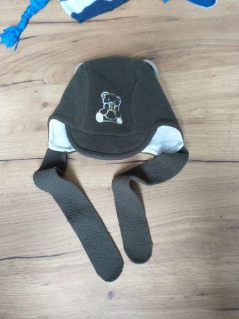 Wiązana czapka dla chłopca rozmiar 44-46 (9-12 miesięcy)