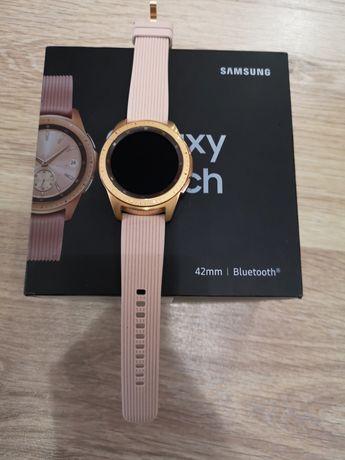 Смарт-часы Samsung Galaxy Watch 42mm