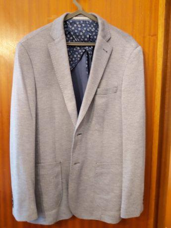 9€ Casaco de homem tamanho XL
