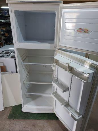 Холодильник бу в рабочем состояниии