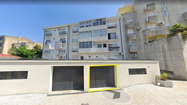 Garagem  Venda em Santo Tirso, Couto (Santa Cristina e São Miguel) e B
