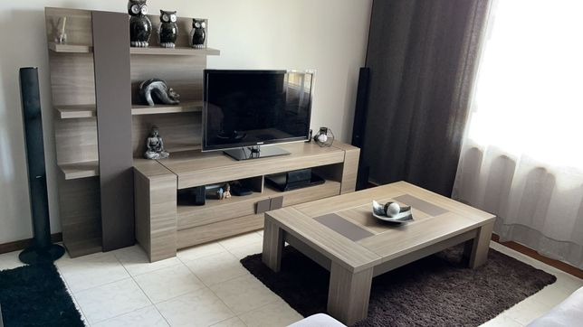 Mobília de sala usada em bom estado