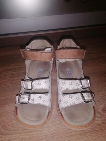 Кожаная обувь, сандали ортопеды фирмы ТопиТоп