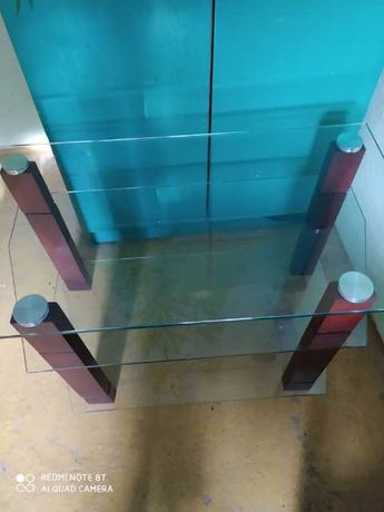 Szklany stolik rtv drewniane nogi