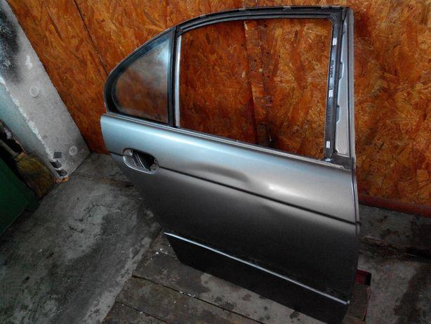 Задняя правая дверь BMW E39 1997-2003 Оригинал + Стекло