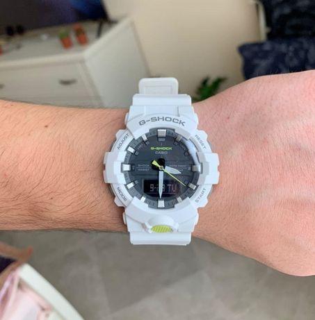Часы Casio GA-800SC-7AER