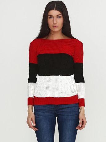 Свитер с белыми красными и черными полосами