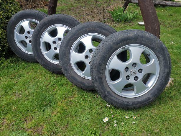 Felgi aluminiowe z oponami  Opel Vectra 15'