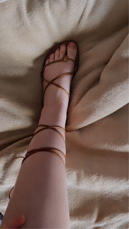 Sandalias tiras castanha