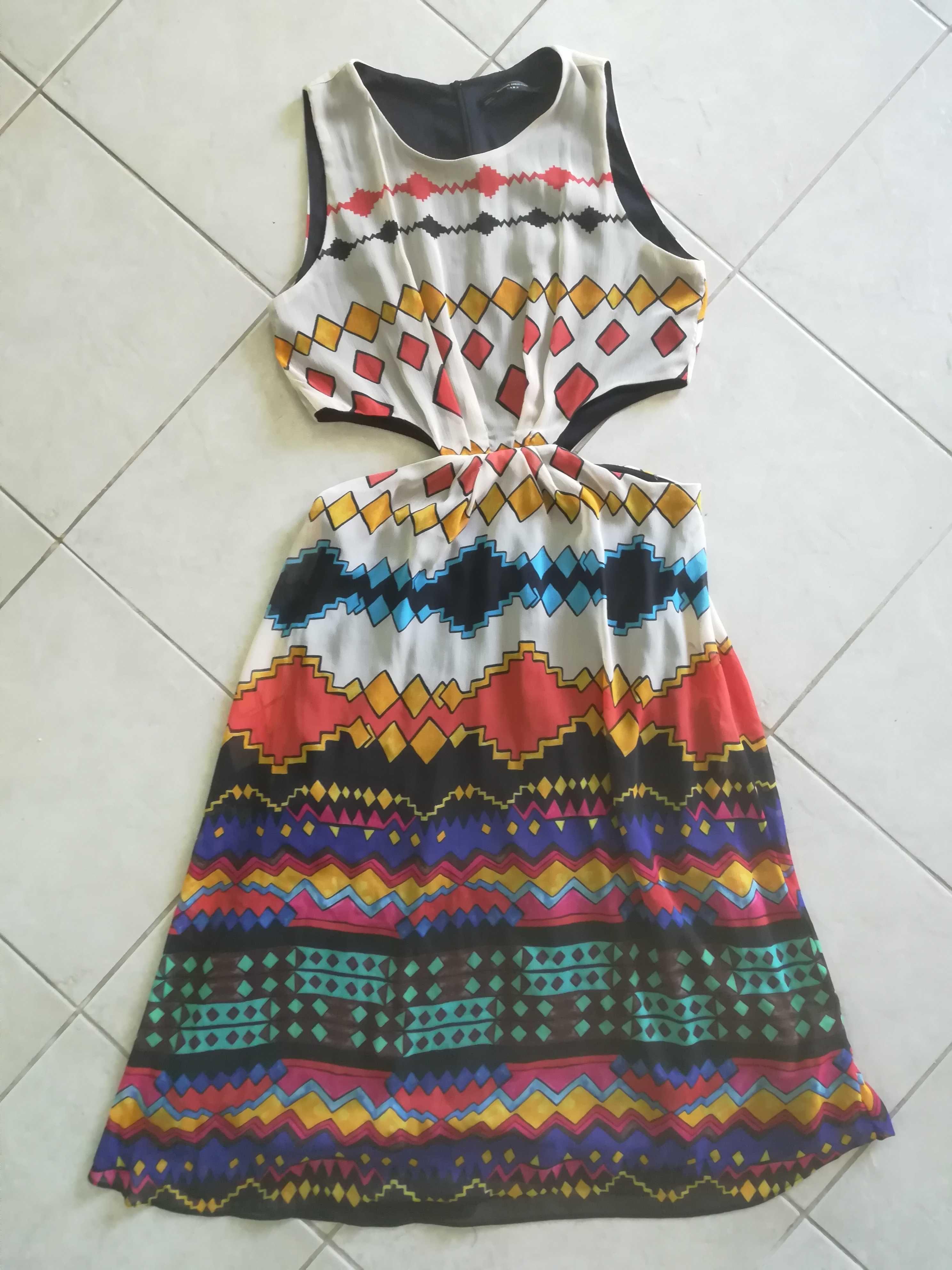 Vestido Zara. Tamanho L