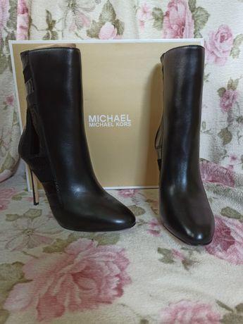 Обувь Michael Kors 39 на узкую ногу
