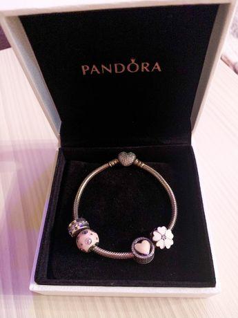 Продам оригинальный браслет Pandora