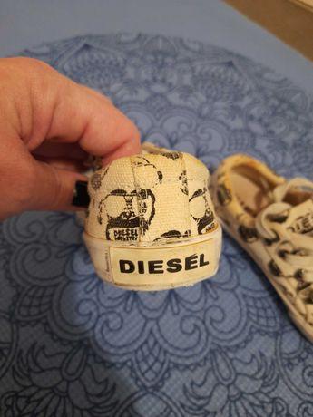 Trampeczki Diesel r.27