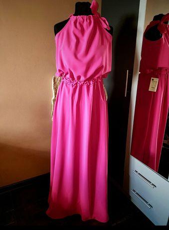Długa różowa suknia Piano