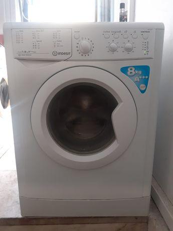 Máquina lavar roupa Indesit AEG LG