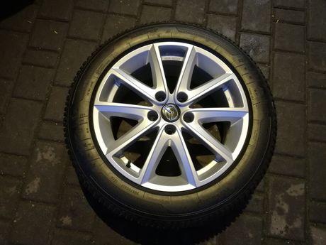 """Koła, felgi Mazda 17"""" 5x114.3 ET 50 7,5J 225/55 Kleber Zima"""