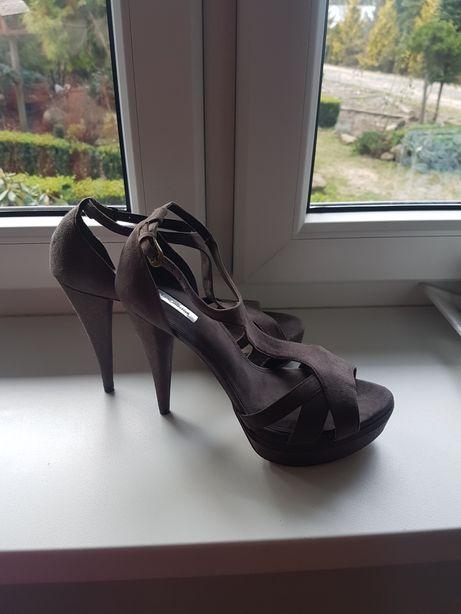 Zara buty szpilki jak nowe na obcasie