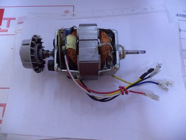 Мотор соковыжималки Braun.