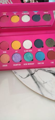 Paleta Be Crazy About MAKEUP OBSESSION