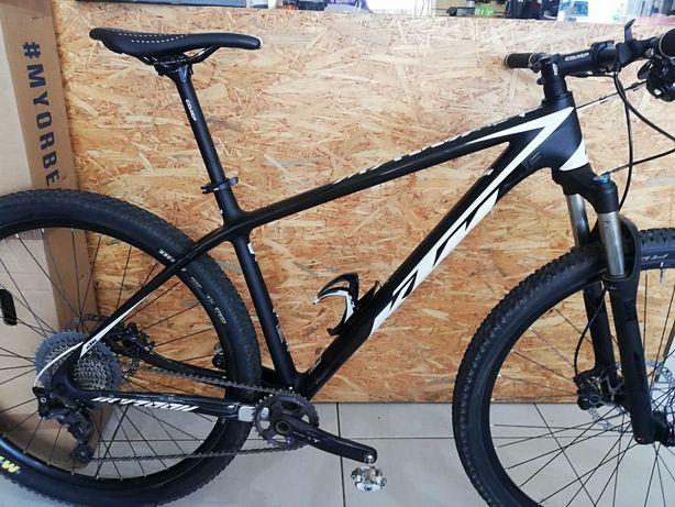 Bicicleta KTM 29 carbono