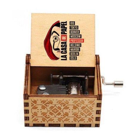 Музыкальная шкатулка деревянная с мелодией Бумажный Дом Bella Ciao