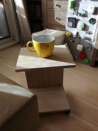 HIT => NOWOCZESNE MEBLE: Mała Nocna Szafka na kółkach stolik nocny