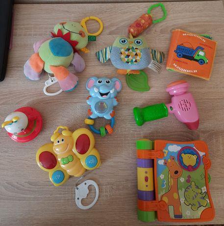 Іграшки розвиваючі й музичні