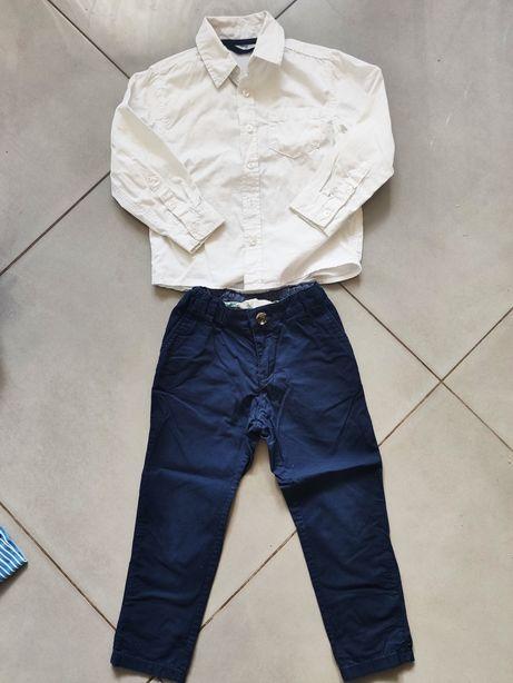 Komplet elegancki, spodnie chinos, biała koszula rozm 98-104