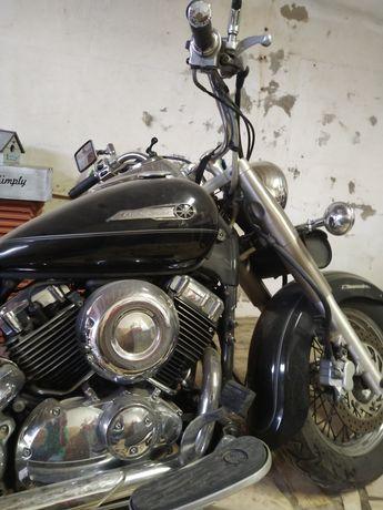 Moto Yamaha pouco usada