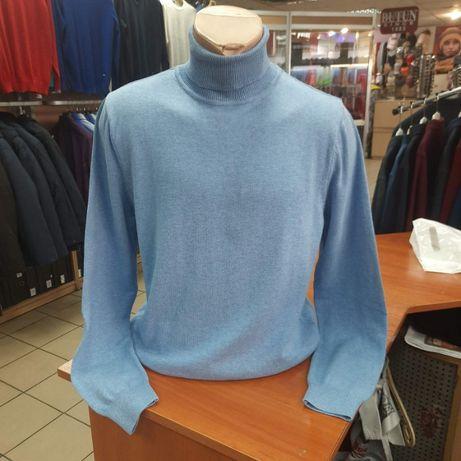 Стильный мужской свитер - гольф с отворотом.