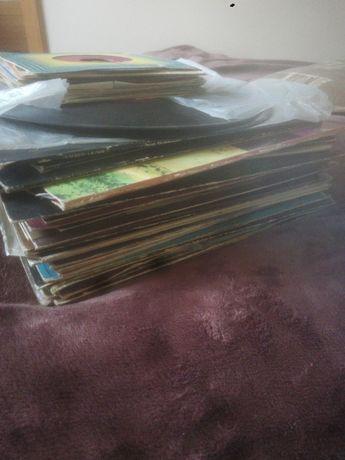 Płyty winylowe lat 80-90 i pocztówki muzyczne