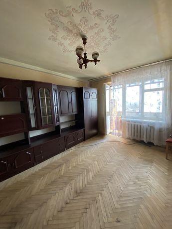 Квартира біля парку! 1к.кв. в цегляній чешці в житловому стані