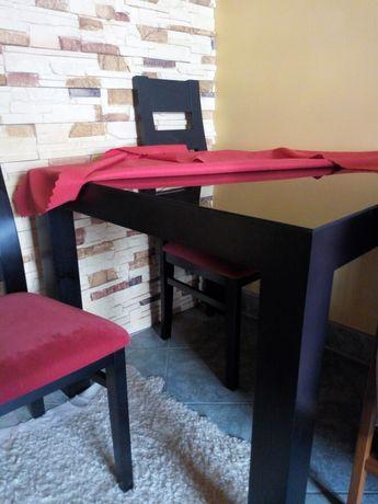 Stół drewniany i 4 stołki piekny malo używany promocja