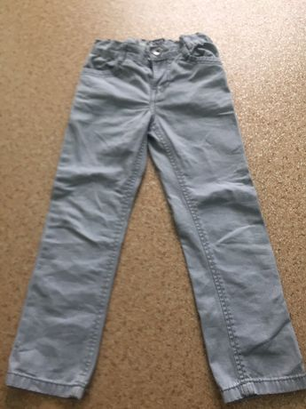 Продам штанишки на мальчика 5 лет