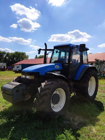 Трактор New Holland TM-165